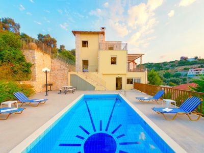 Photo for Vacation home Sun in Maroulas - 10 persons, 4 bedrooms