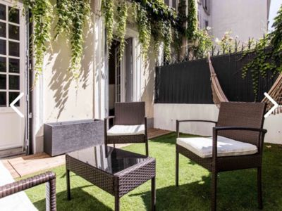 Photo for Amazin apartment in Montmartre with terrace!