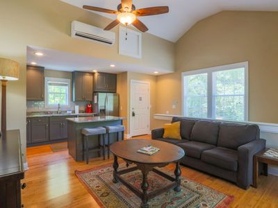 Photo for 5 Mins from Downtown Charleston & 15 Mins from Beach! New Pet Friendly Carriage House in quiet area!