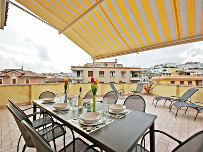 Photo for Penthouse with large Terrace on Rome