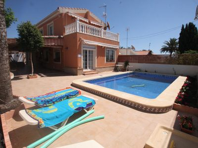 Photo for fantastic villa 3 bedroom  10 minutes wak to the beach