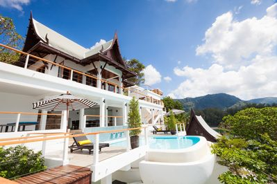 Phuket Oceanfront 6 Bedroom Luxury Villa