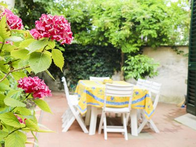 Photo for Charming house with garden in center of Florence