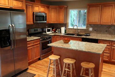 Fully equipped kitchen for cooking and baking