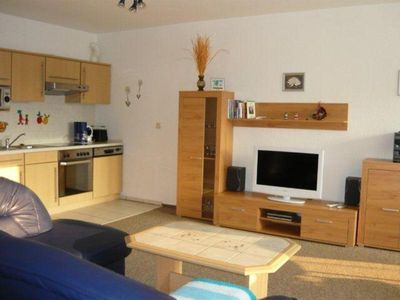 Photo for (66/2) 3-room apartment beach road 22 b - apartments in Kühlungsborn East