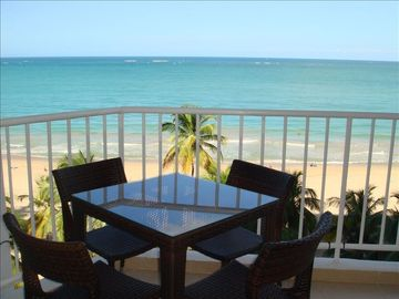 Beachfront ★ King Bed★  Washer/D ★ Marbella Del Caribe Condo ~ Newly Remodeled!