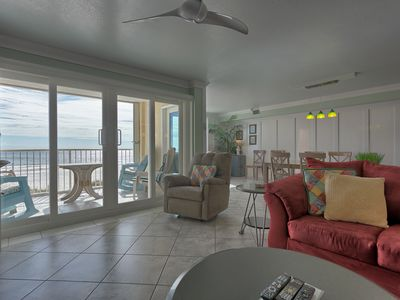 Photo for Castaways 2D Gulf Shores Gulf Front Vacation Condo Rental - Meyer Vacation Rentals