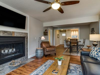 Photo for Clegwood Townhome | 8 Minutes to TIEC | 45 Minutes to Asheville; golf & more!