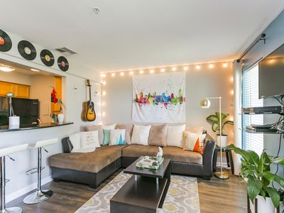 Photo for Gorgeous Downtown Condo on River