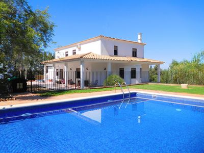 Photo for Beautiful Child-Friendly Villa, Heated Gated Pool, Air-con, Playroom