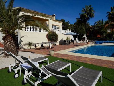 Photo for Beautifully presented 4 bedroom house very close to town and beach