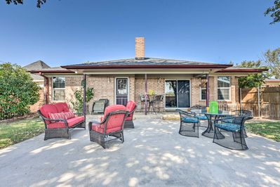 Unwind on the patio with your group of 4!