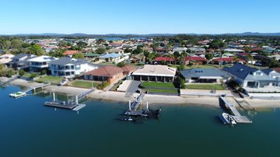 Photo for Family Tides, Waterfront Home in Yamba