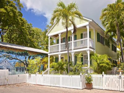 Photo for ~ CAYO LIMÒN ~ Cute Home In Perfect Location w/ Parking & Heated Pool - NEW!