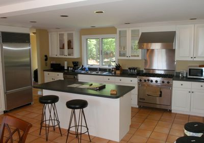 Modern Kitchen with Commercial Appliances