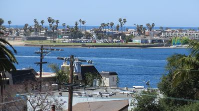 Photo for Bayside Beach Haven - On Sail Bay in Pacific Beach