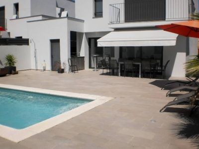 Photo for Nice house for 8 poeple with private pool and garden at 1400 m from the beach