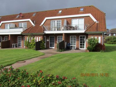 Photo for Apartment Schäfer Right behind the dike 2
