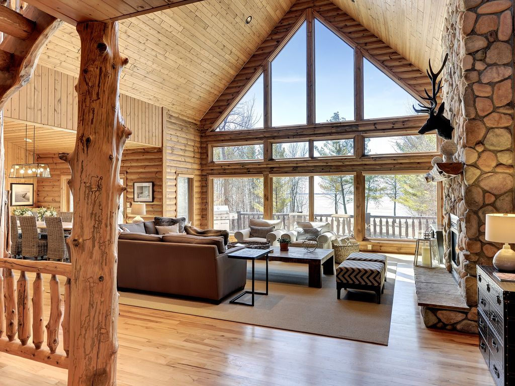 pelican pines lakehouse luxurious cabin renovated by professional designer breezy point. Black Bedroom Furniture Sets. Home Design Ideas