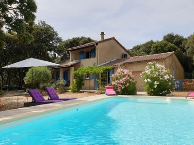 Photo for Villa Couronne : 6 pers  villa in the South of France in Uzès with Swimming pool