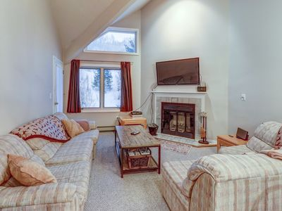 Photo for NEW LISTING! Ski-in/ski-out condo w/mountain view & shared pool/sauna/gym