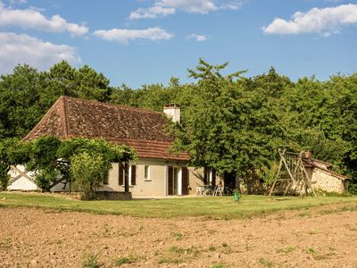 Photo for Holiday home set in the green scenery of Lacropte (2 km), with lovely footpaths