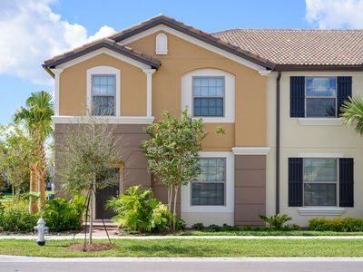 Photo for Luxury on a budget - Windsor At Westside Resort - Feature Packed Cozy 5 Beds 4.5 Baths Townhome - 4 Miles To Disney