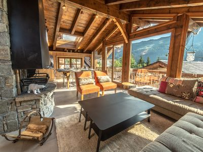 FULLY RENOVATED CHALET IN MÉRIBEL 6/8 PEOPLE