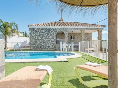 Photo for With pool and in a quiet location - Casa Mirajanda