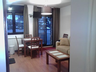 Photo for 34 sqm, very sunny, wonderful view of the mountains and ski slopes (with WLAN)