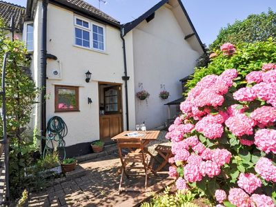 Photo for 2 bedroom Cottage in Minehead - COUR1