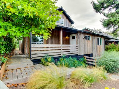 Photo for Modern home along the Ridgepath Trail w/ room for 4 & 1 dog!