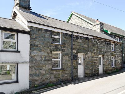 Photo for 2 bedroom accommodation in Trawsfynydd, near Blaenau Ffestiniog
