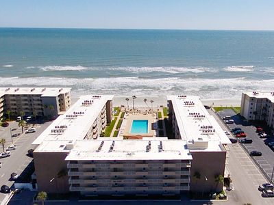 Photo for Cute 1/1 Unit with Direct Ocean View on the No Drive Beach in NSB!