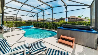 Photo for Games Room, Pool, Jacuzzi and Full Resort Amenities