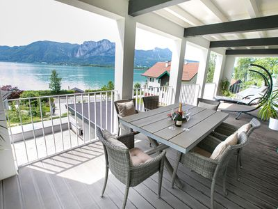 Photo for Exclusive villa with lake view