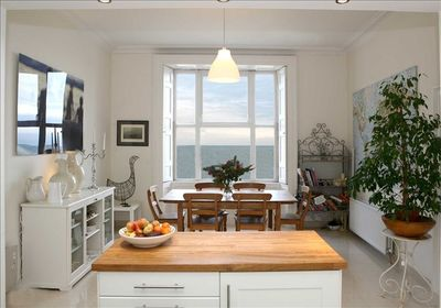 KITCHEN (with view of Ocean)