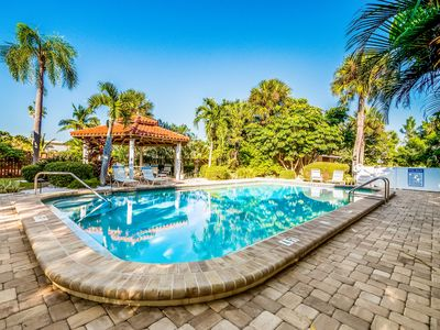 Photo for Casa Sierra 203B: Awesome Condo with Large Heated Pool, Very Close to Beach!!!