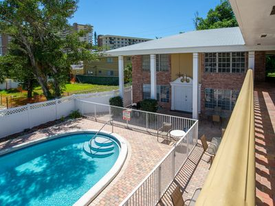 Photo for Beachy, 10-condo property w/ private pool, 1 block to beach - great for groups!