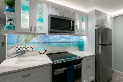 Oceansmile condo by Smileviews
