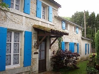 Photo for Classic Charente Farmhouse With Private Pool