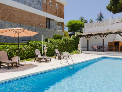 Photo for Luar, beautiful villa with pool in Málaga