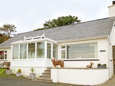 Photo for PARADWYS, pet friendly, with a garden in Criccieth, Ref 1008949