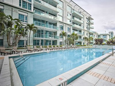 Photo for Tampa Condo w/Pool & Pvt. Patio - 1 Mi to Downtown