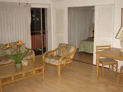 Photo for Comfortable condo with a shared pool and hot tub - close to the beach!