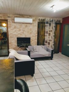 Photo for Apartment T4 Renovated with PARKING secure and 2 Balconies in Narbonne