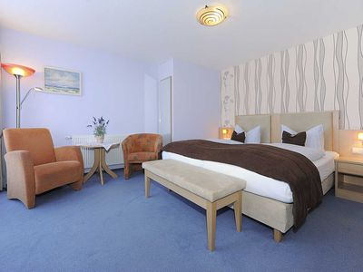 """Photo for Double room with balcony - Hotel-Pension """"Schiffer"""""""