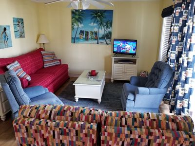 Photo for Cheerful Updated Beach Condo in Myrtle Beach Resort