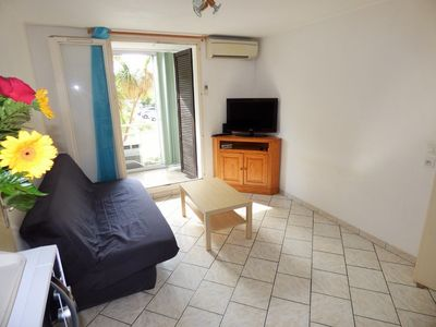 Photo for A stone's throw from the beach of Les Sablettes, all on foot, private parking.