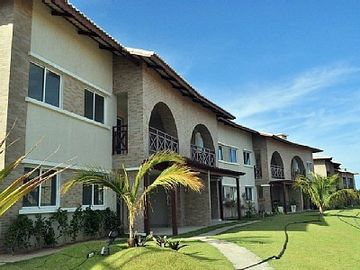 Luxurious apartment overlooking the sea and stoner, 2 bedrooms and 1 suite